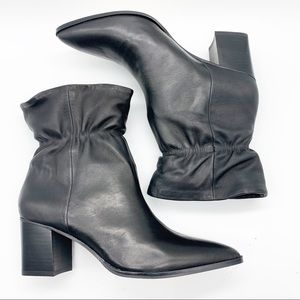 NEW SOLE SOCIETY LEATHER  ANKLE BOOT.  SIZE 8.